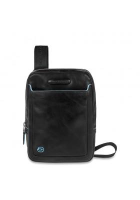 Épaule poche Piquadro organisé Carré Bleu avec un iPad mini